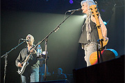 Mark Knopfler & Emmylou Harris close up shot
